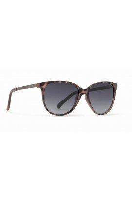 Женские солнцезащитные очки INVU B2706C - бабочки, Цвет линз - серый