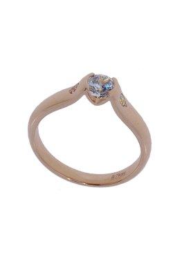 Золотое кольцо с фианитоми из красного золота 585-й пробы с куб. циркониями (1 0723)