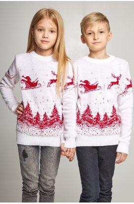 Новогодние вязаные детские свитера для двоих Дед мороз с оленями белые