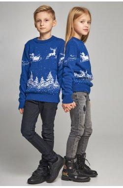 Новогодние вязаные детские свитера для двух Дед мороз с оленями синие