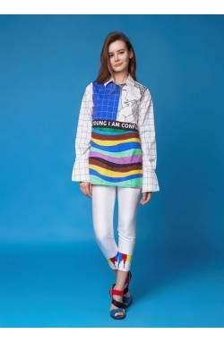 Рубашка с разноцветным принтом