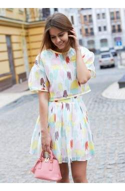 Топ и юбка с цветным принтом